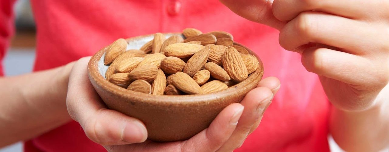 Aphrodisiac food almonds